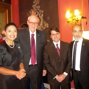 From he left: - Elisa Sohlman ( Executive Director - Brazilian Chamber of Commerce in Sweden) - HE Mr. Marcos Pinta Gama, Ambassador of Brazil; - Paulo Câmara, Representative of the Secretary of Government of Brazil; - Sharif Pakzad ( BrazilCham)